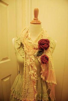 Tea Love Crochet Dangling Rose Brooch