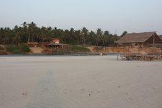 Spændende Ayurvedisk yoga rejse til Nord-Goa, Indien | 5. - 20. marts 2016 - Forbered dig på 16 skønne dage med daglige ayurvediske behandlinger incl. udrensning, yoga, guidede ture i lokalområdet og masser af afslapning på den skønneste strand i Nord-Goa.