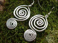 """Lange oorbellen - """"Little Game"""" -Alu - earrings - Een uniek product van katasthings op DaWanda"""