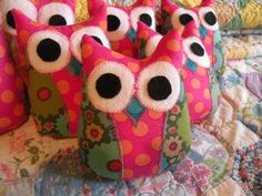 owls I need this for adilyns room this is how her bed set is !! <3