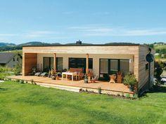 Single family home by 1 61 arquitectos – Artofit Container House Design, Tiny House Design, Modern House Design, Contemporary Garden Design, Prefab Cabins, Prefab Homes, Modern Wooden House, Casas Containers, Tiny House Cabin