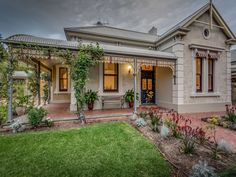 Return verandah Victorian villa |Eton Street, Malvern