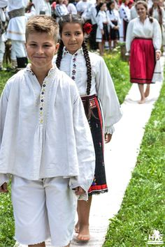 Traditional Costume from Salaj, Romania Folk Costume, Costumes, Stuff To Do, Things To Do, Danube Delta, Visit Romania, Romania Travel, At A Glance, Eastern Europe
