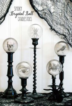 spooky-crystal-ball-candlesticks-diy-halloween-decorations Short on time and on cash? Good news: you can still have the most spellbinding house in the neighborhood with these cost-splashing DIY Halloween decorations. Get ready to be spooked! Retro Halloween, Halloween Prop, Theme Halloween, Holidays Halloween, Halloween Crafts, Halloween Printable, Halloween Images, Halloween Candles, Halloween Parties
