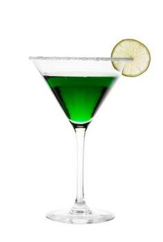 Green cocktail recipes, like the Emerald Isle Martini, for those 21 and up. #barijaybridesmaids #busybridejewelry