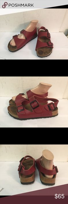 """Birdies Birkenstock 230 Buckle Sandals sz 5 Gently pre owned. Made in Germany. L5.  A very nice pair with very minimal wear. Marked 230 and L5 36.  9"""" heel to toe inside Birkenstock Shoes Sandals"""
