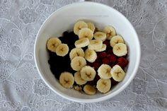 5 Min Oatmeal Fruit Breakfast prep 3 Oatmeal With Fruit, Cereal, Breakfast, Recipes, Food, Breakfast Cafe, Rezepte, Essen, Recipe