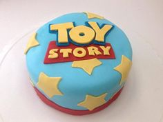 Small Toy Story cake. Toy Story Birthday Cake, 3rd Birthday Cakes, Boy Birthday, Toy Story Baby, Toy Story Theme, Festa Toy Store, Cumple Toy Story, Mario Cake, Bubble Guppies Party
