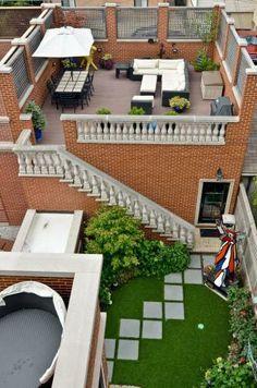 Grand Townhouse in Chicago >> http://www.frontdoor.com/the-2014-doory-awards-urban-homes?soc=pinterest