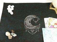 Tarot Spread Cloth Mehndi Moon