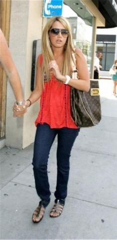 Ashley Tisdale wearing Urban Original Wild Diva Flats e5a0a37375442