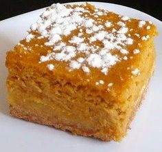 Paula Deen's Butter Pumpkin Cake! Pumpkin Gooey Butter Cake, Gooey Cake, Chef Recipes, Dessert Recipes, Sweet Recipes, Recipes Dinner, Healthy Recipes, Dessert Healthy, Pumpkin Dessert