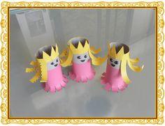 Leuk voor Koningsdag, troonswisseling Amalia, Alexia en Ariane als poppetjes om mee te spelen. Diy Craft Projects, Diy And Crafts, Crafts For Kids, Arts And Crafts, Toilet Roll Craft, Toilet Paper Roll Crafts, Fairy Tale Crafts, Princess Crafts, Rolled Paper Art