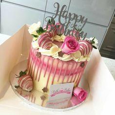 29th Birthday Cakes, Elegant Birthday Cakes, Homemade Birthday Cakes, Adult Birthday Cakes, Beautiful Birthday Cakes, Birthday Cakes For Women, Cake Decorating Designs, Easy Cake Decorating, Birthday Cake Decorating