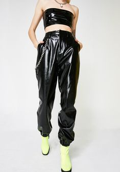 I AM GIA PVC Cobain Pants cuz you makin' your own rulez, bb. Be a baddie in this vinyl pants that have a high waisted construction, a sikk silver chain detail, a pocket on the sides, an elastic waistband, and a zip closure.