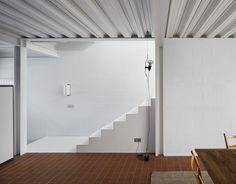 Seafront House | Leibal