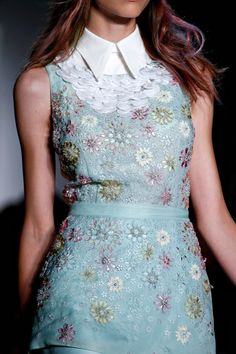 Peter Som Spring 2013 RTW - Review - Fashion Week - Runway, Fashion Shows and Collections - Vogue - Vogue