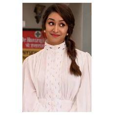 Sraddha Kapoor, Ranbir Kapoor, Shraddha Kapoor Cute, Girls Foto, Long Hair Video, Charli Xcx, Stylish Girl Images, Priyanka Chopra, Indian Designer Wear