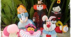Bonecos do filme Alice no País das Maravilhas com moldes