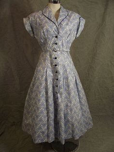early 50s full skirted shirt waist dress - I Love Lucy at its finest!