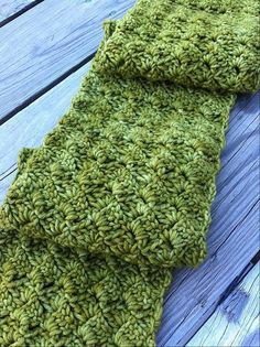 Beautiful scarf (crochet and free pattern) <3