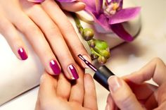 £9 For A Shellac Manicure with 55% #discount. Polished nails can give you an air of elegance and sophistication.  http://www.comparepanda.co.uk/group-deal/13088399415/%C2%A39-for-a-shellac-manicure