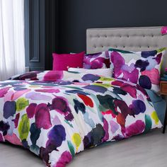 Abstract Bed Set 200x220, £90, now featured on Fab.