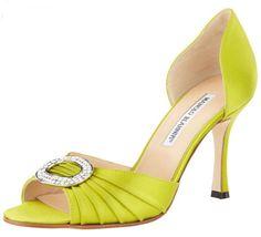 http://luxurydoor.com/on-shoe-watch-2013-manolo-blahnik/