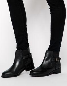 692 Best Winter footwears images in 2019   Trousers women, Shoe ... b4dbd856a0b2