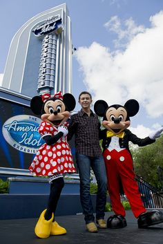 SCOTTY MCCREERY AT DISNEY WORLD IN FLORIDA by behindthethrills, via Flickr