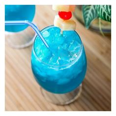 Blue Hawaiian foodgawker ❤ liked on Polyvore featuring backgrounds, food and drink, drinks, food and icon photos