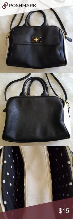 Merona Black & White Satchel Bag Merona Black & White Satchel Bag with gold hardware. NWOT only used once! Can be used as crossbody with the adjustable and detachable strap. Lots of room for storage! Merona Bags Satchels