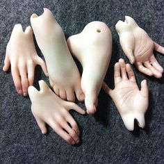 Hands and feet full of grace. Ready to be assembled. #fhdoll #fhdolls #bjd #fineart   Flickr - Photo Sharing!