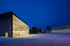 Curtain wall, transparency, access to views, protection from elements http://www.designboom.com/architecture/jkmm-architects-alvar-aaltos-seinajoki-city-library-expansion/