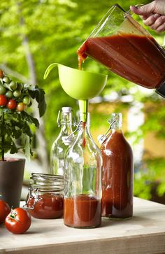 Make a corker of a tomato sauce with our KORKEN bottles!