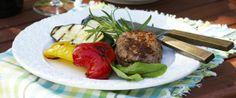 Grilled steaks - Grillatut jauhelihapihvit, resepti – Ruoka.fi