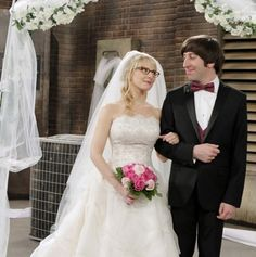 Big Bang Theory' first wedding picture revealed - The Big Bang ...