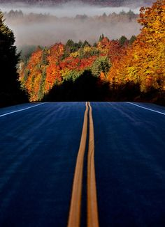 A New Road/Sunrise, Algonquin Provincial Park, Ontario, Canada Beautiful Roads, Beautiful World, Beautiful Places, Nova Scotia, Quebec, Monuments, Great Places, Places To See, Algonquin Park