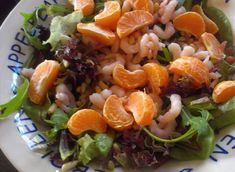 Garnalensalade met mandarijn - Slank met Linda Salad Recipes, Diet Recipes, Healthy Breakfast Recipes, Healthy Recipes, Easy Macaroni Salad, Creamy Salad Dressing, Romaine Salad, Chicken Caesar Salad, Dinner Bowls