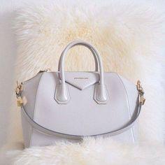 Pretty pastel Givenchy Antigona handbag. #givenchy