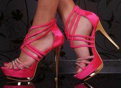 Alejandrina Style by Alejandrina Uribe-Betancourt: Zapatos de tacón alto y cuidado de los pies