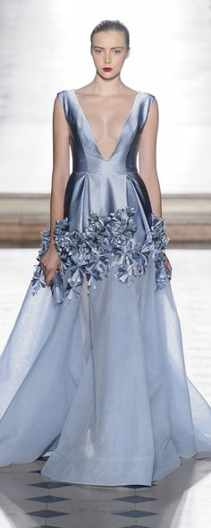 Tony Ward Automne-hiver 2017-2018 - Haute couture - http://fr.orientpalms.com/Tony-Ward-6813 - ©ImaxTree