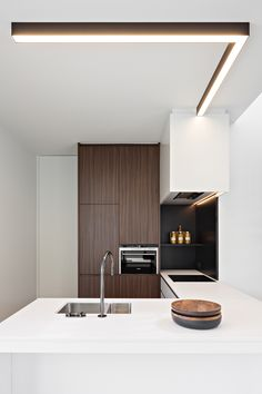Obumex I Kitchen I White I Brown I Lightning I Design