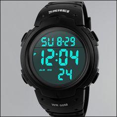 Skmei Montre de Sport numérique Solaire pour Homme, étanche à 50 m, Grand Cadran Noir avec chronomètre, Alarme et LED résistante aux Chocs