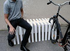 Piano mobiliário urbano projetado pelo designgroup ADDI, grupo foi fundado por Johan Malmqvist e Andréas Karlsson, e com raízes em Kalmar, na Suécia.