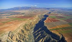Guadix est ses paysages de rêve pour les amoureux de nature!