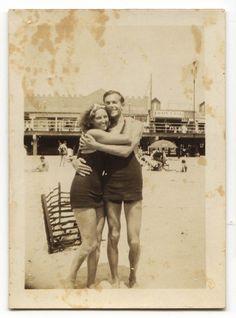 1932 Love at the Beach