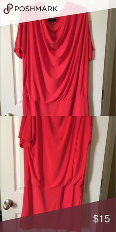 MUST HAVE!! Sexy red dress!💃🏽💃🏽💃🏽 This sexy red dress is perfect for a night on the town with the girls or hot date!! Fits well and looks great!!! Dresses Midi