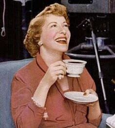 Classic Comedians | These are some of the best comedians from the first half of the 20th century, including some of our favorite funny women (like Gracie Allen). Female Comedians, Funny Comedians, Flip Wilson, Queens Of Comedy, George Burns, Stan Laurel, Classic Comedies, Celebrity Deaths, Movie Stars