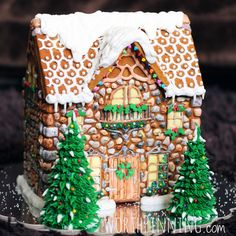 20 Amazing Gingerbread House Ideas - Fun Money Mom Making gingerbread houses is one of the best parts of Christmas. All you need is inspiration and you'll find plenty with these awesome gingerbread house ideas! Homemade Gingerbread House, Gingerbread House Designs, Gingerbread House Parties, Gingerbread Village, Christmas Gingerbread House, Gingerbread Man, Gingerbread Cookies, Gingerbread House Decorating Ideas, Royal Icing Gingerbread House